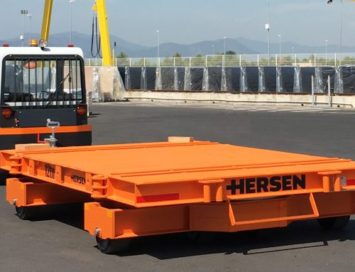 Hersen manufactures two industrial heavy goods trailers for the transportation of stone slabs