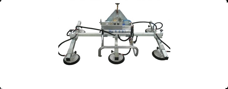 Vacuum lifter for handling metal sheets